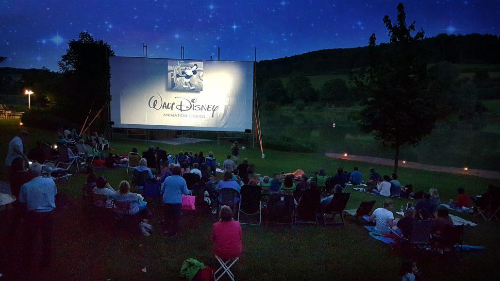 Mehr Sommernacht geht nicht Ab ins Open Air Kino